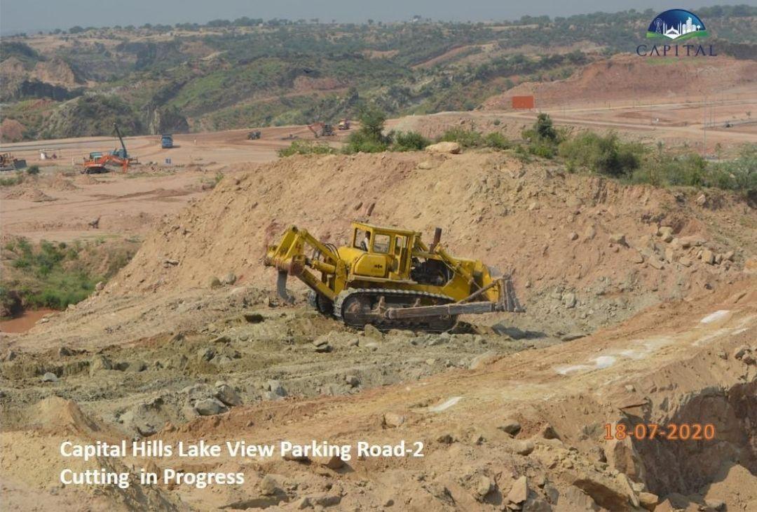 capital-hills-lake-view-parking-road-2