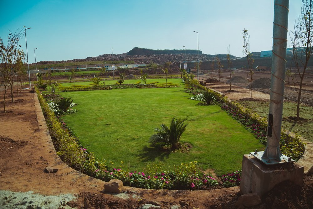 park view city islamabad-children park in residential area
